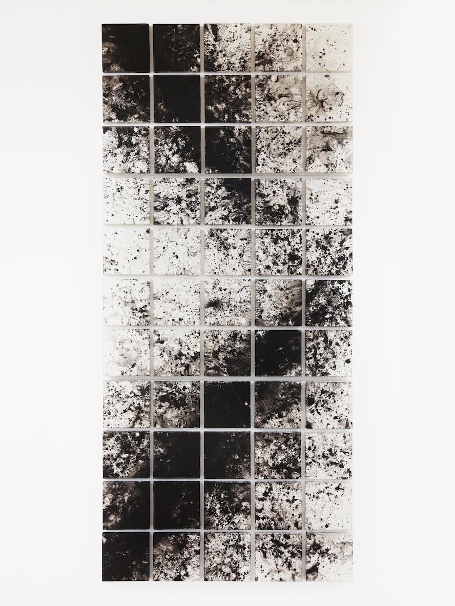 Acrylique, papier de riz, encre de corée et crépi sur toile, 250 x 113 cm