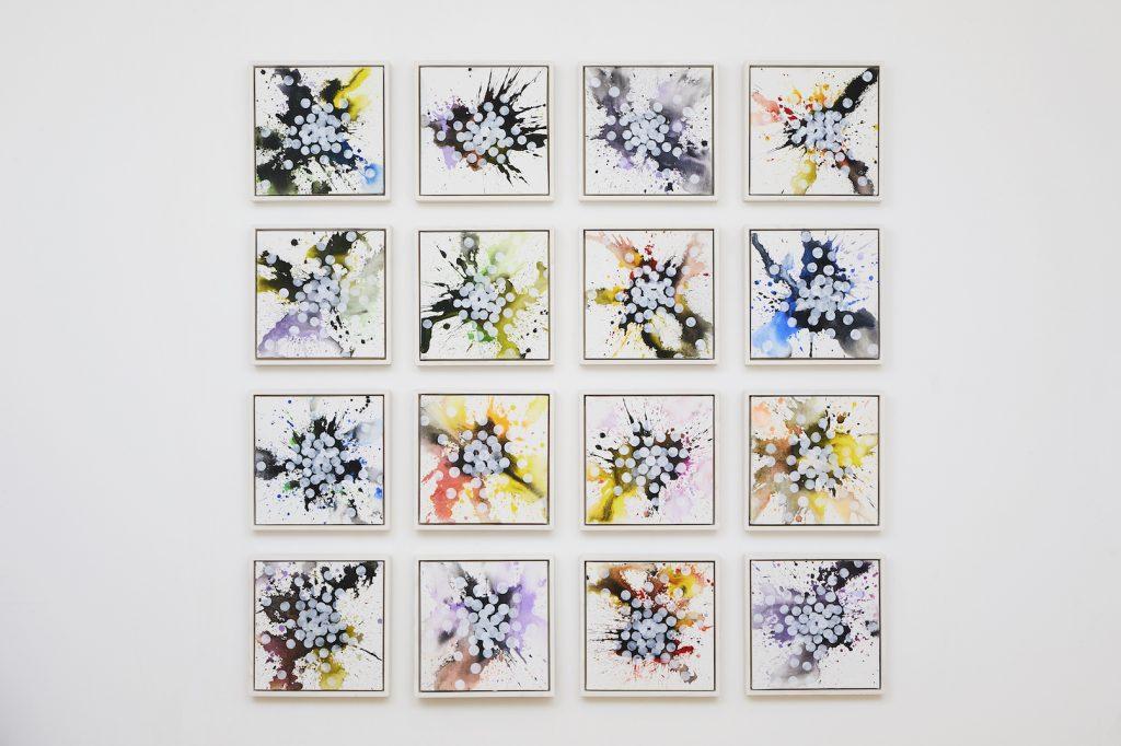 Acrylique et aquarelle sur toile, 2019, 16 toiles de 30 x 30 cm