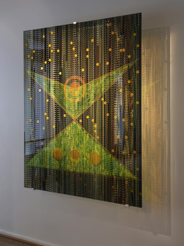 Espaces, Pellicule 35 mm du film de Rakesh Roshan « Krrish » de Bollywood, Technique mixte sous verre 155 x 125 cm, 2011